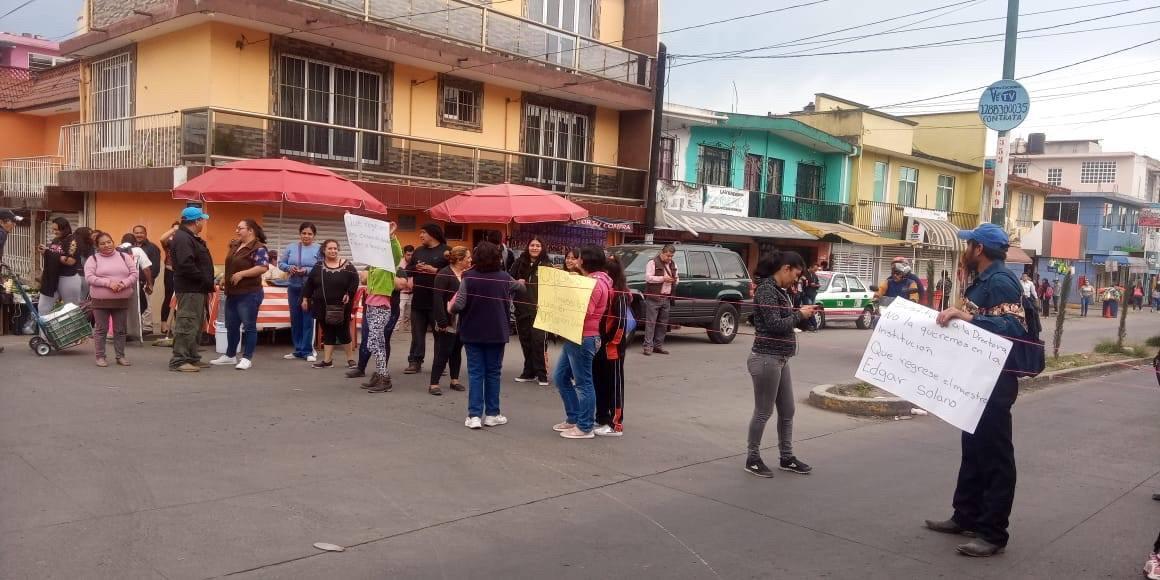 Denuncian consumo de mariguana en telesecundaria de Xalapa