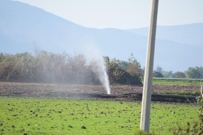 Se registra fuga de combustible de Pemex en Tlaxcoapan, Hidalgo.