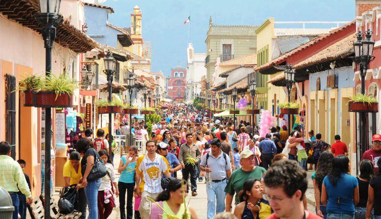 México cerrará 2019 con crecimiento de 4.7 % en turismo