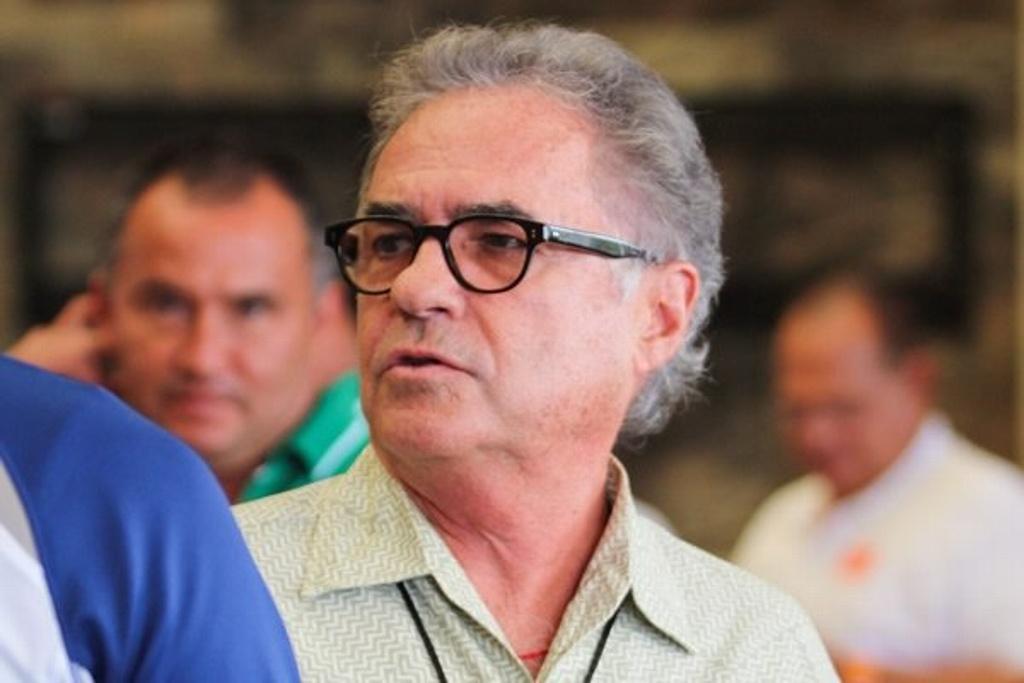 Álvaro Dávila deja la presidencia de Morelia