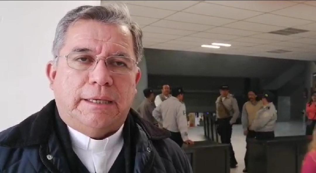 Mónica Robles solo quiere adoctrinar a sus aplaudidores: Arquidiócesis