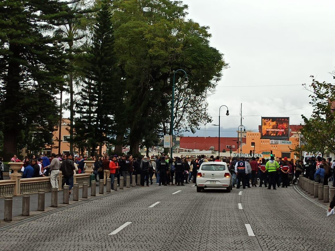 Participan en Xalapa en simulacro de sismo.