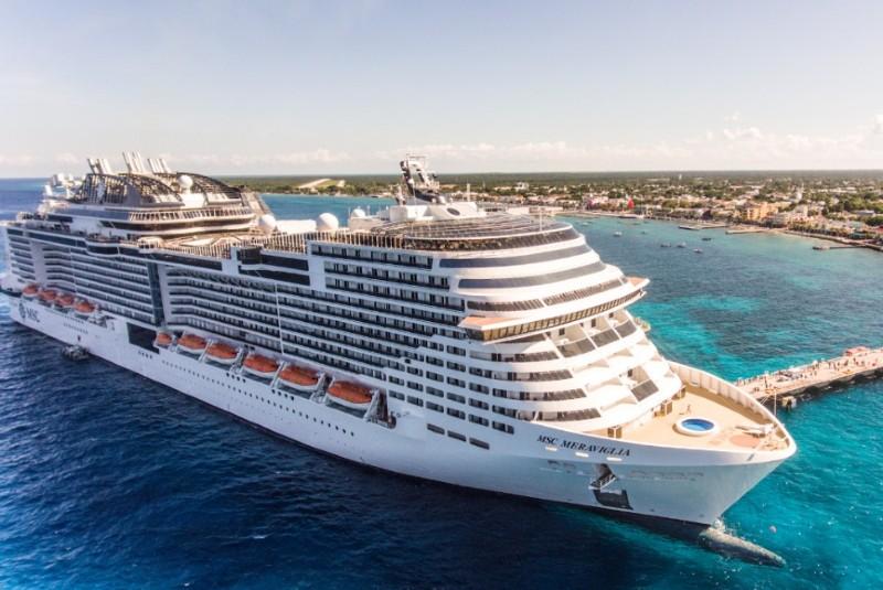 Crucero rechazado por Jamaica e Islas Caimán por temor a Coronavirus, viene a Cozumel.