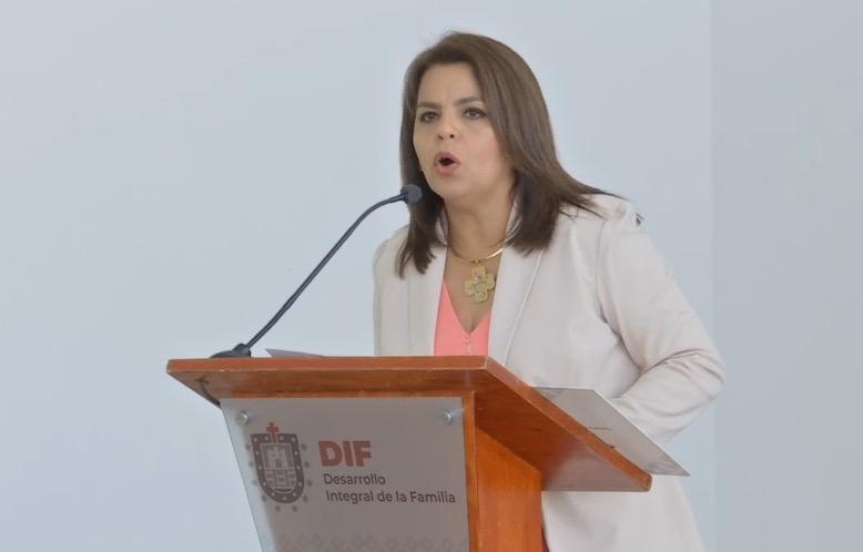 Renuncia la cuestionada directora del DIF Estatal