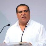 Alcalde de Puerto Vallarta se prepara para el Coronavirus, manda hacer 500 fosas