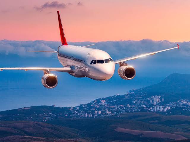 Disminución de vuelos internacionales genera diferencia de modelos de pronósticos