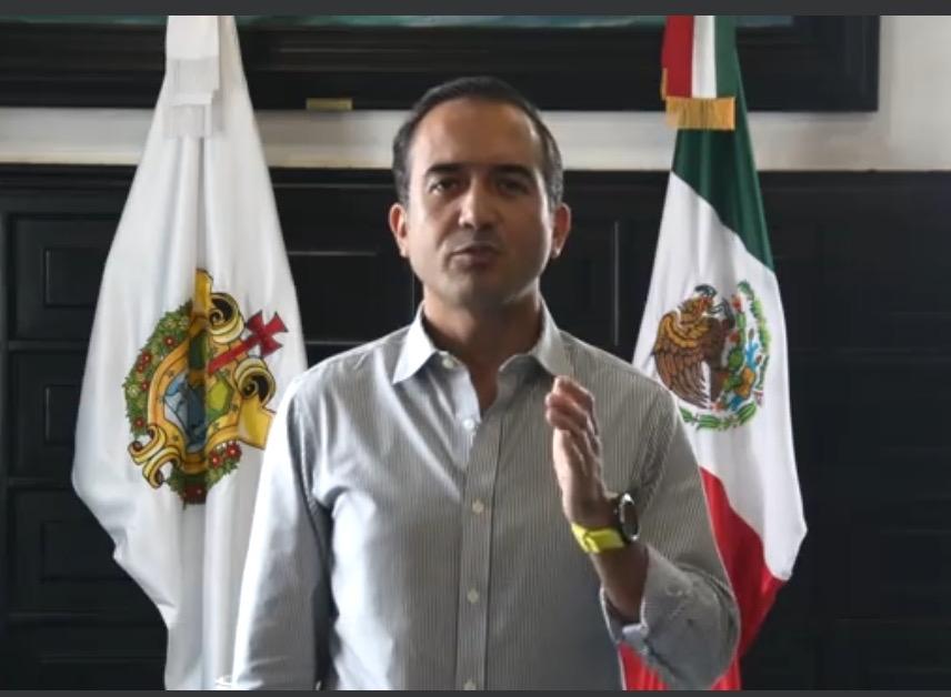 La gente no entiende!, pide Chiquifer ayuda a Cuitláhuac para que la SSP desaloje las playas
