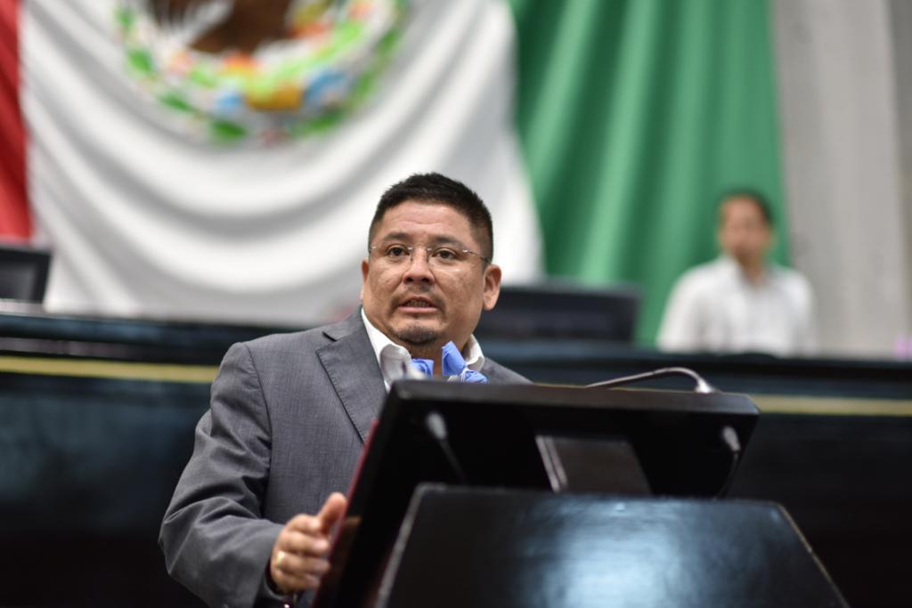 Al renunciar a prerrogativas, MORENA refrenda compromiso con el pueblo: Rubén Ríos