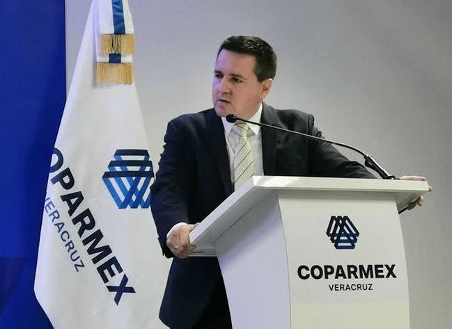 Coparmex pide al Gobierno pagar parte del salario de los mexicanos, para evitar despidos.