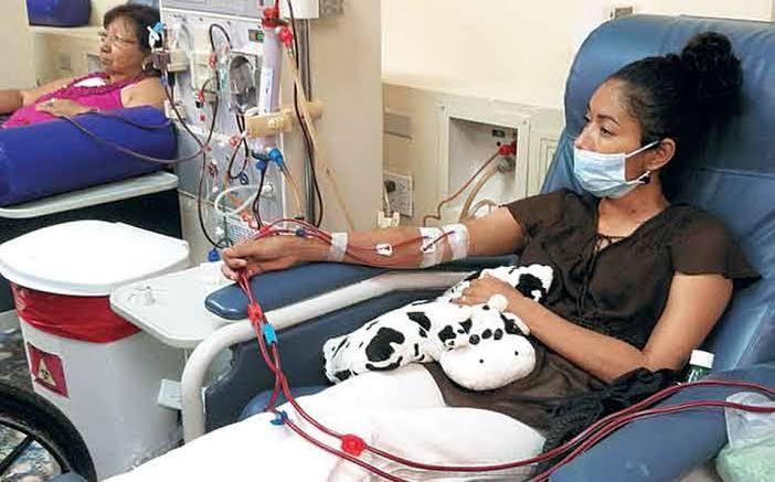 Personas con insuficiencia renal crónica no deben suspender tratamiento por COVID-19