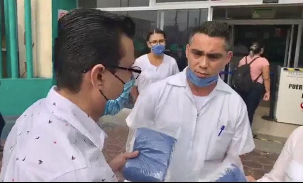 Entregan insumos a enfermeros del IMSS para atender a enfermos con problemas respiratorios