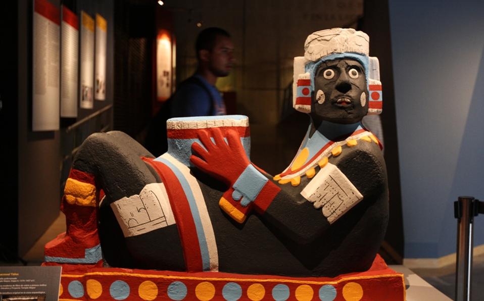 Mexicas: El color en la escultura