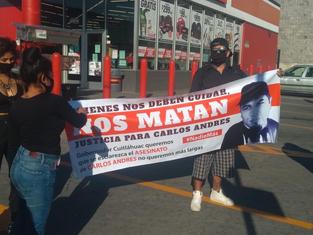 Marchan por Carlos Andrés Navarro, detenido y asesinado presuntamente por elementos de SSP