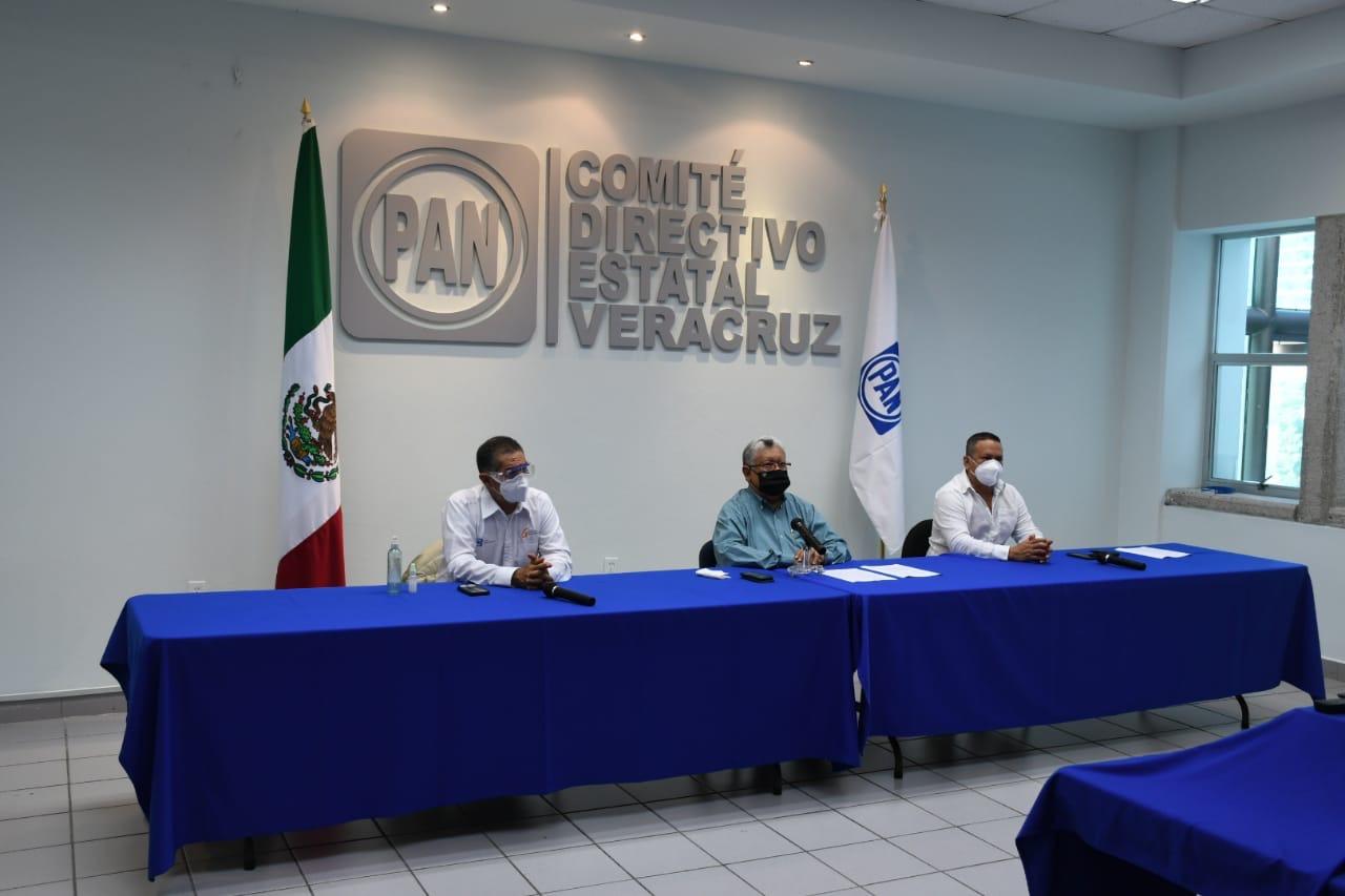 Sancionará PAN a alcaldes que aprueben reforma electoral de Morena