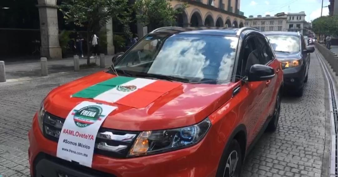 A unas horas de nueva visita del Presidente, llevan a cabo segunda caravana AntiAMLO, en Xalapa