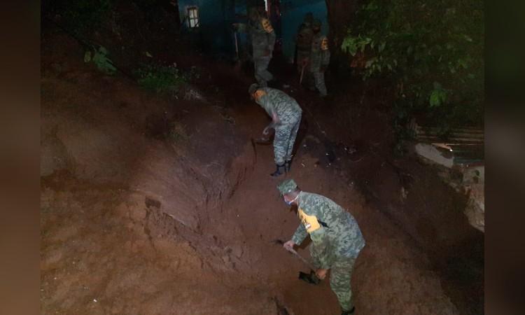 Lluvia deja inundaciones y derrumbes en Veracruz