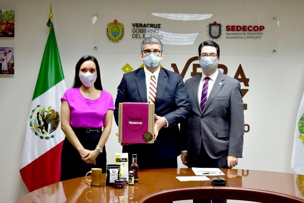 """Se suma Veracruz a proyecto solidario """"Sonríe México"""" en apoyo a productos regionales: SEDECOP"""
