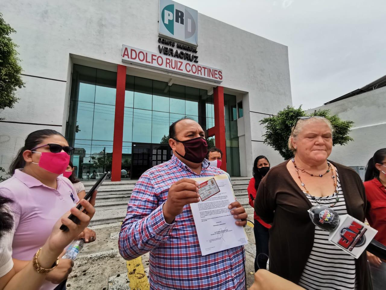 Militantes priístas acusan de irregularidades al Comité Directivo Estatal de su partido