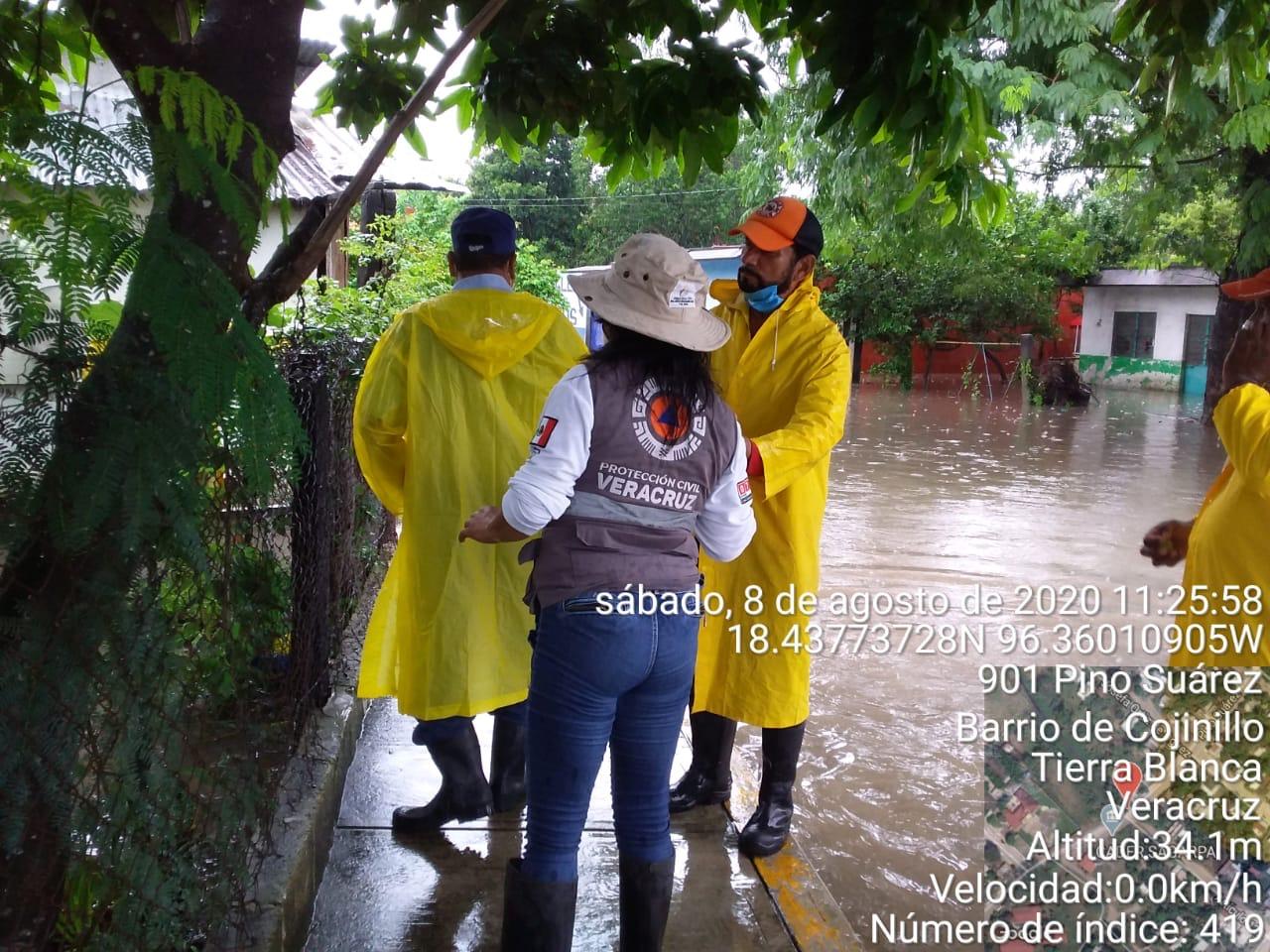 Vaguada afecta 8 municipios; hay derrumbes y viviendas con algún daño
