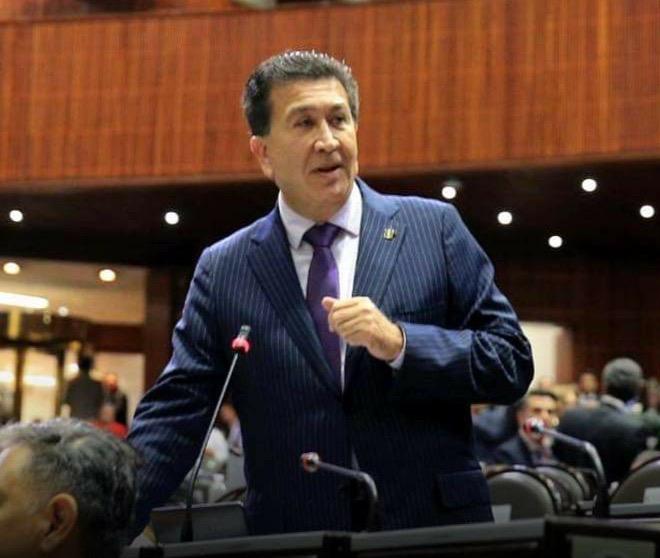 Pide alcalde de Xalapa a Héctor Yunes que mejor salga a la calle y ayude a la gente