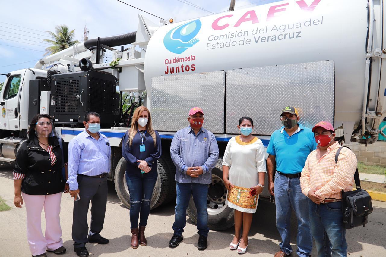 Recorre Eric Cisneros municipios de la Cuenca del Papaloapan afectados por las lluvias