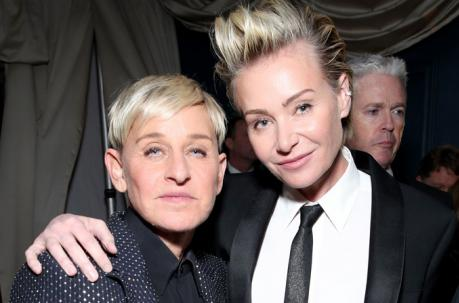 Se burla Ellen DeGeneres, de personas maltratadas por ella en su producción