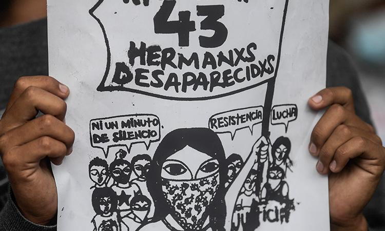 AMLO anuncia órdenes de captura contra militares por caso Ayotzinapa