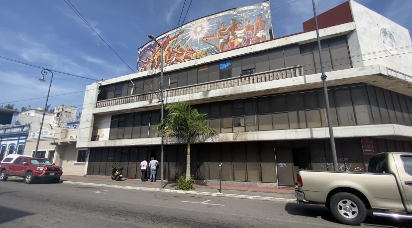 Estibadores recuperan su edificio en Veracruz.