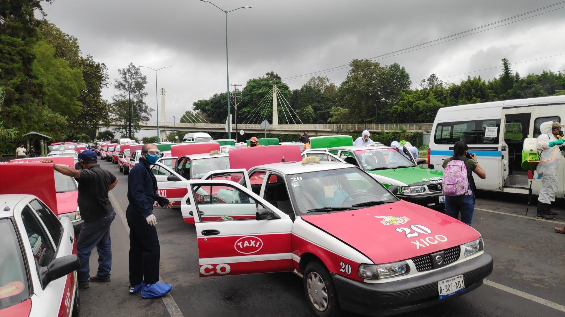 Suman más de 123 mil unidades de transporte público desinfectadas: SSP