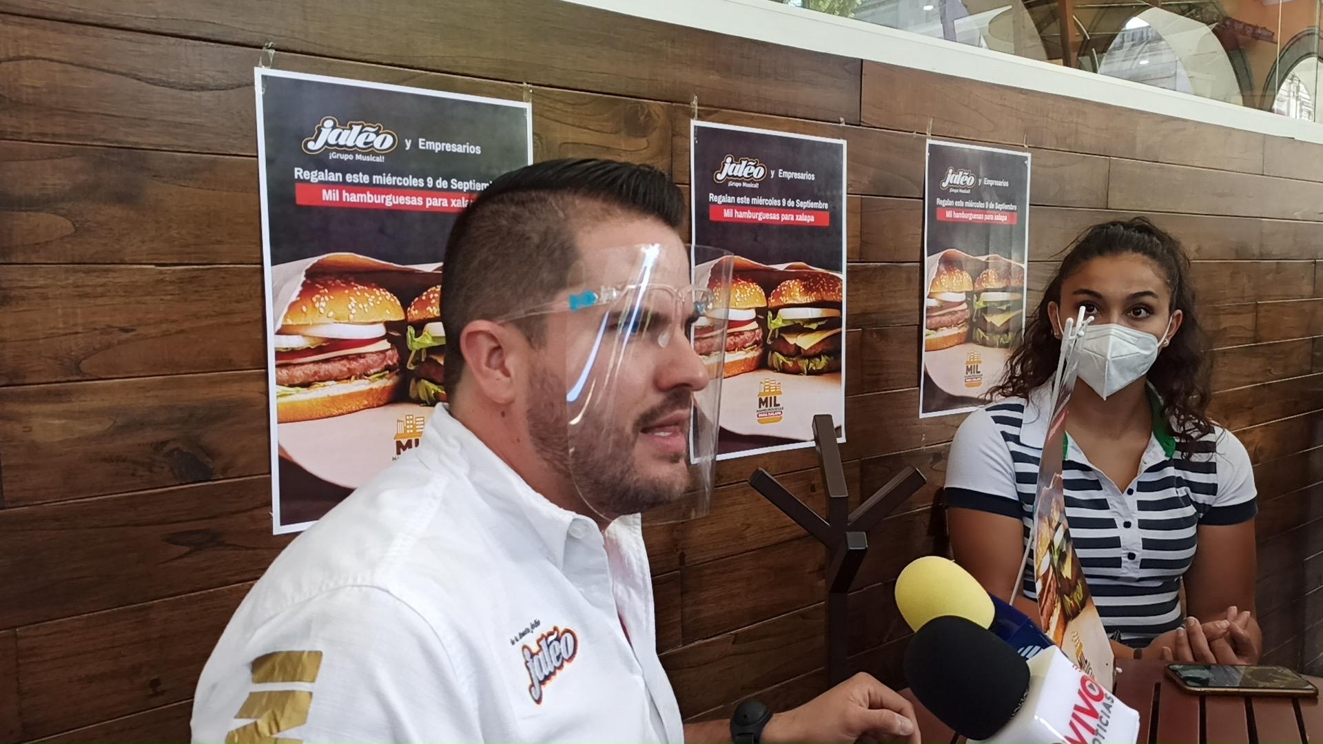 Este miércoles repartirán mil hamburguesas en Xalapa