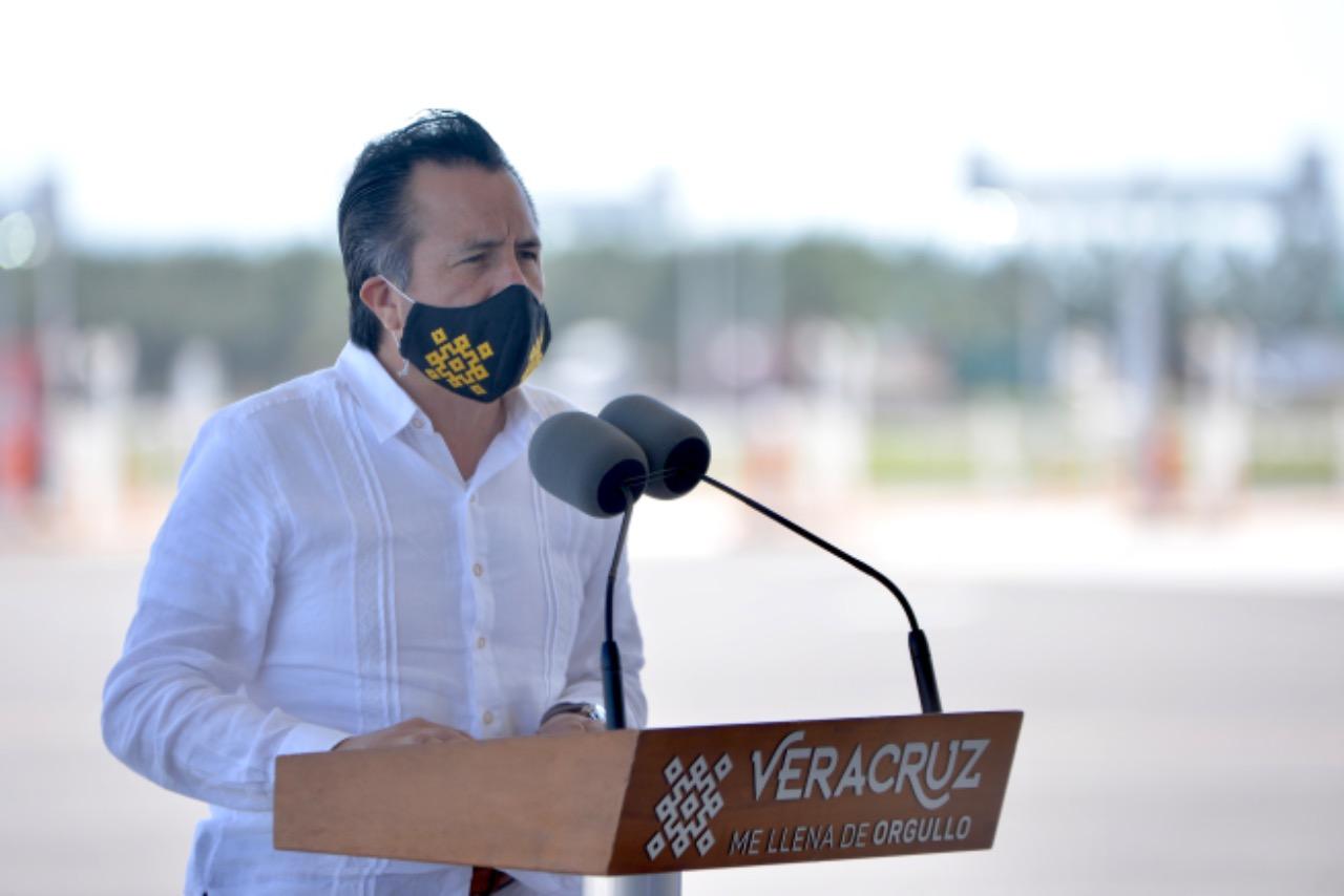 En Veracruz inicia el combate a la corrupción en aduanas: Cuitláhuac García