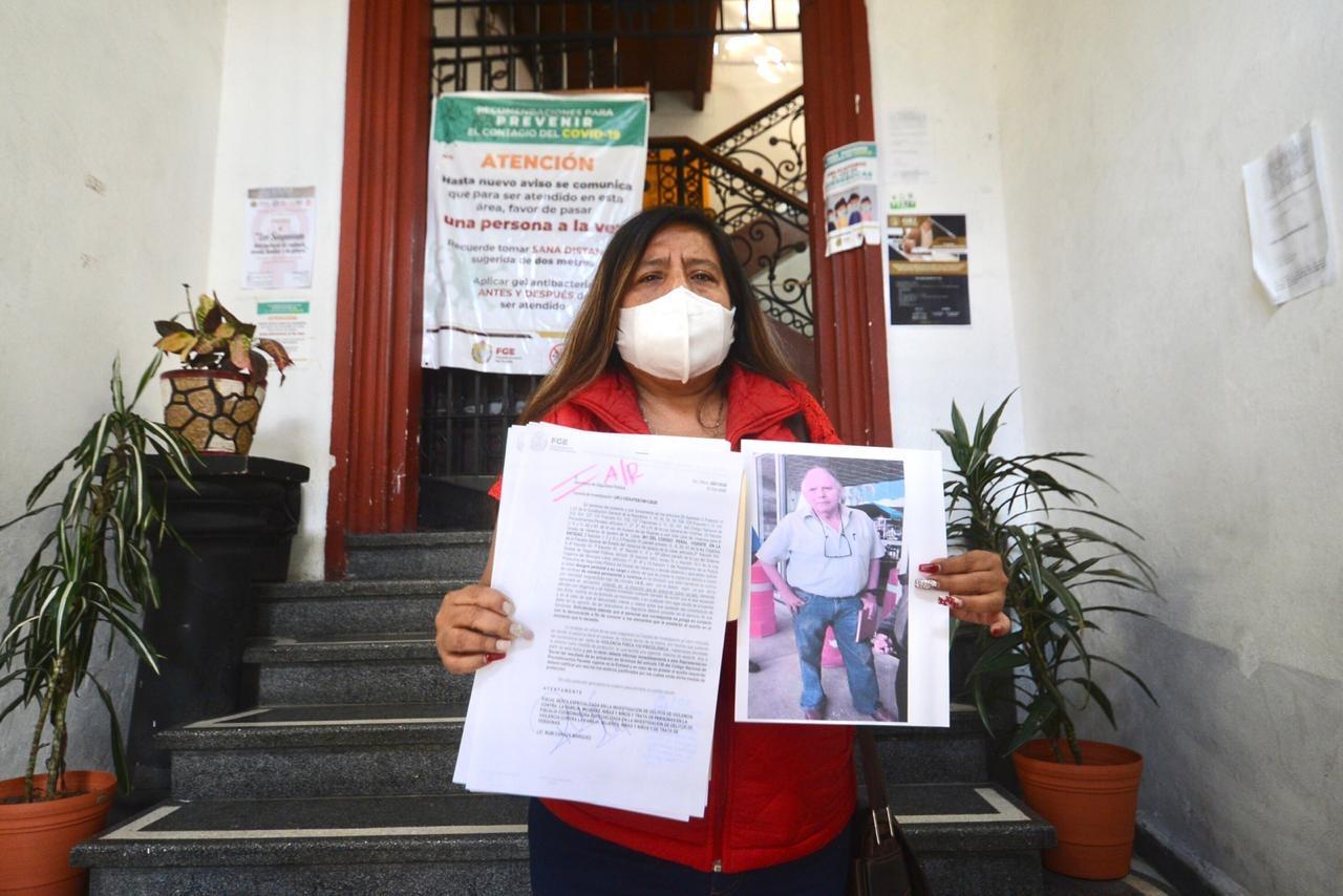 Supuesto funcionario de la administración de Hipólito Rodríguez golpea a dirigente del MT del PRI