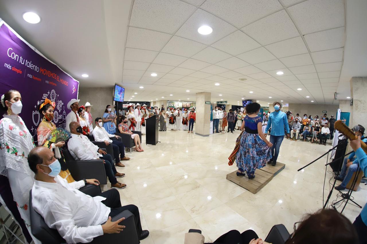 """Conquistan Acapulco municipios que son """"Orgullo Veracruzano"""""""