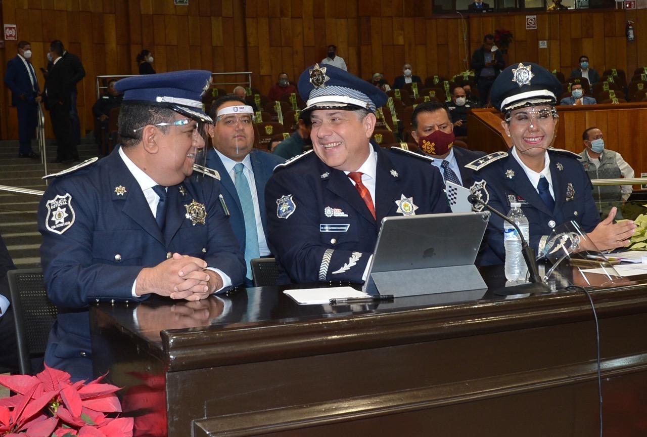 Para que se entienda, un policía de proximidad es como Matute, de Don Gato: Hugo Gutiérrez
