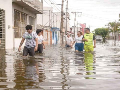 Mueren 27 personas por inundaciones en Chiapas, Tabasco y Veracruz