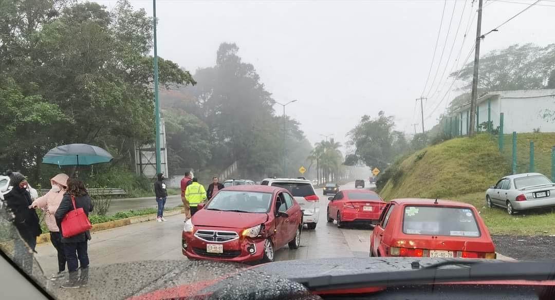 Omisión del Estado no solucionar problema de la carretera Xalapa-Coatepec: AMIC Veracruz