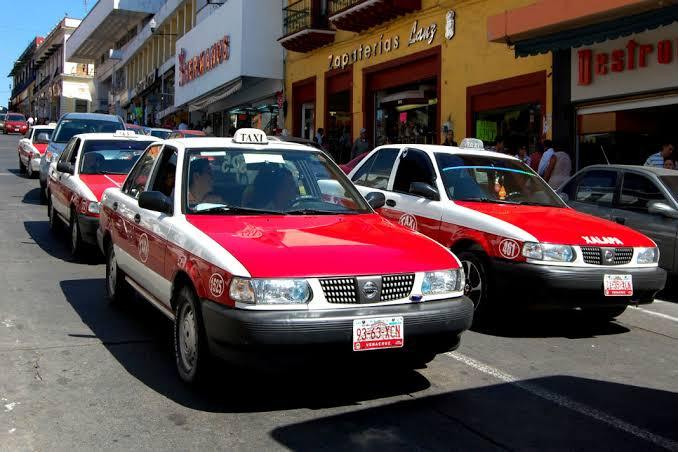 Federación incumplió con apoyos a taxistas, amagan con protestas