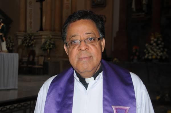 Confirman que el Padre Victor Díaz Mendoza se encuentra hospitalizado.