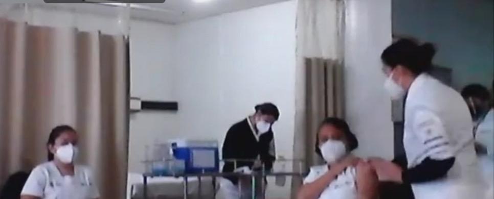 Ya han aplicado casi 7 mil vacunas a médicos y enfermeras de Veracruz