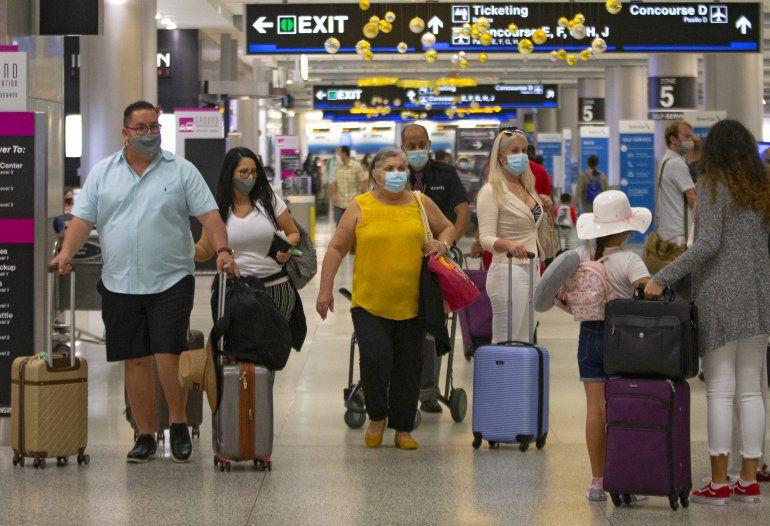 Turismo Covid provoca enojo en residentes de Florida