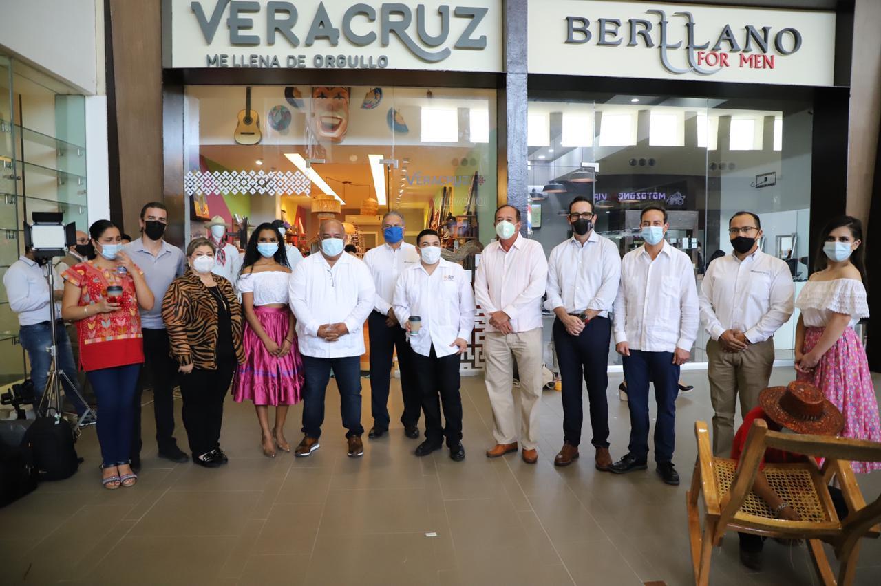 Tienda Veracruz en El Dorado promueve talento de artesanos locales