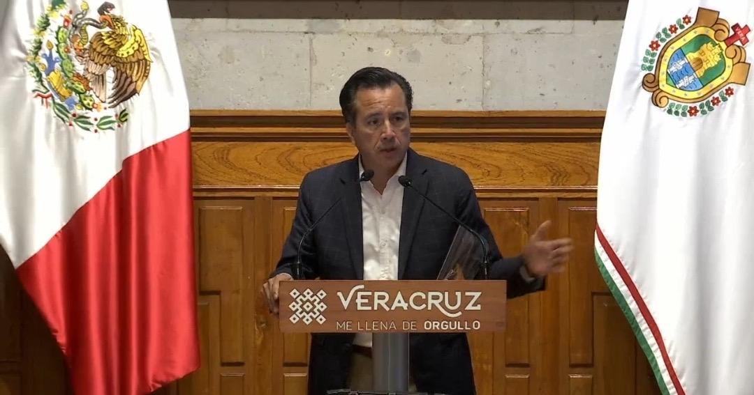 Está lentitud no la implementamos nosotros, responde Cuitláhuac a empresarios