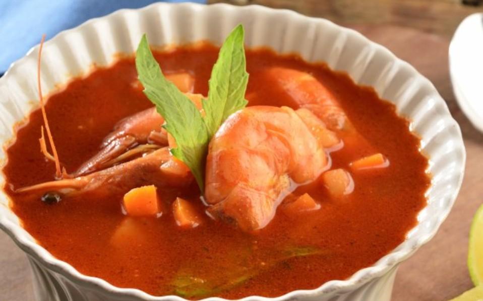 Huatape de camarón, platillo de origen huasteco, entre Tamaulipas y Veracruz