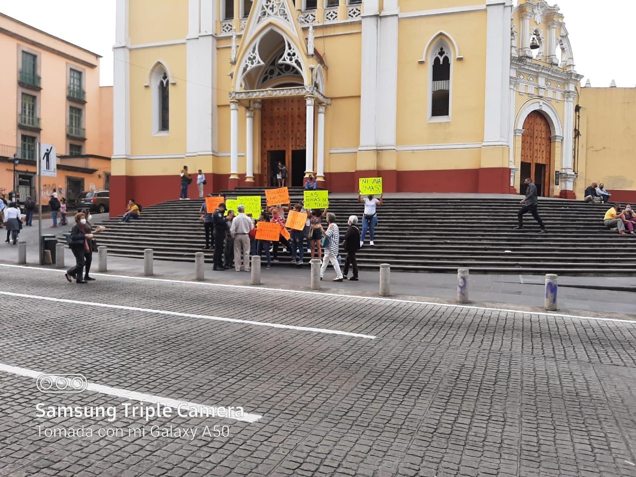 Protestan por presunto abuso a menor autista en Rinconada