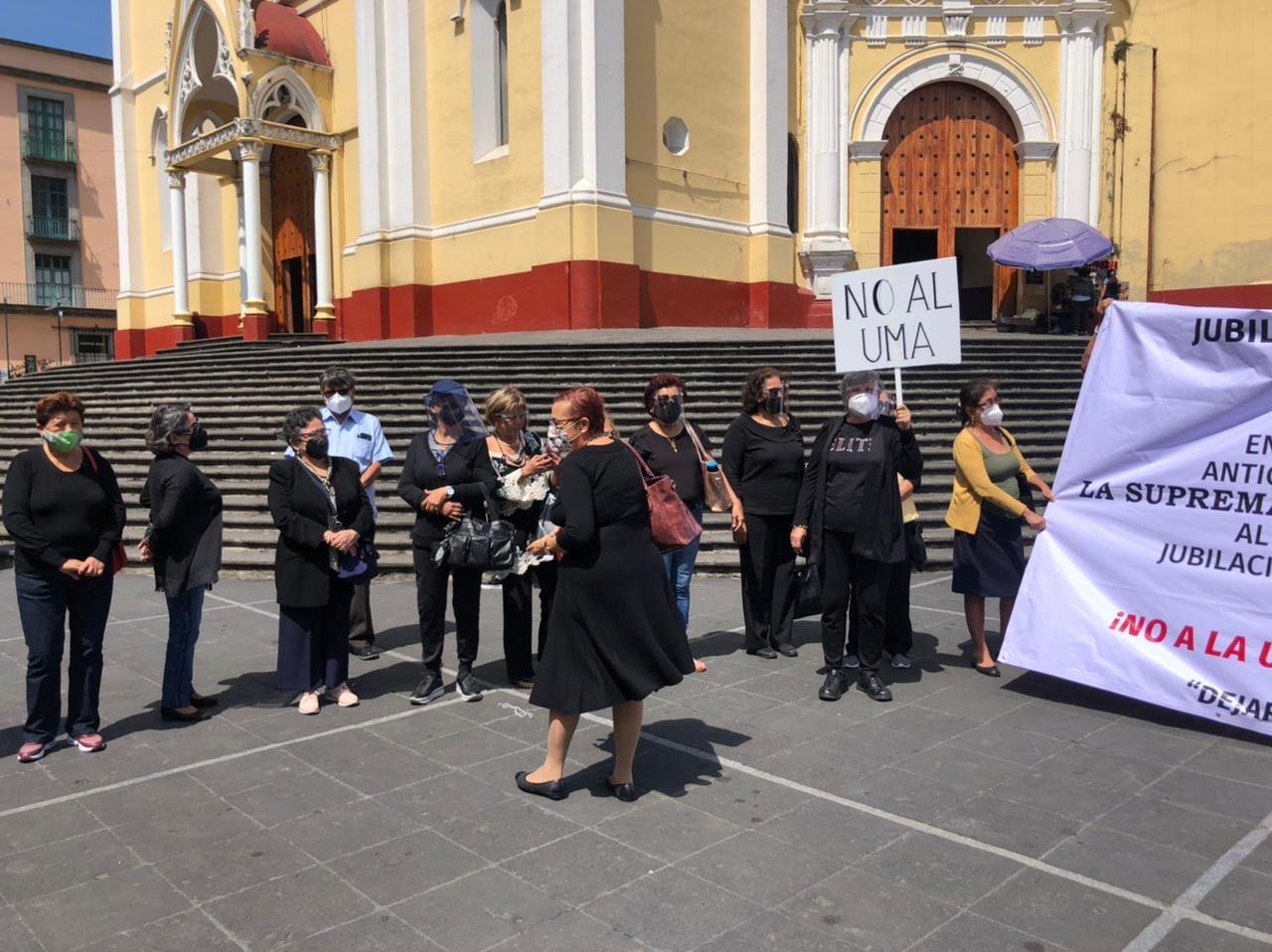 Jubilados llevan 7 años reclamando Seguro Institucional que no pagó Duarte a aseguradoras