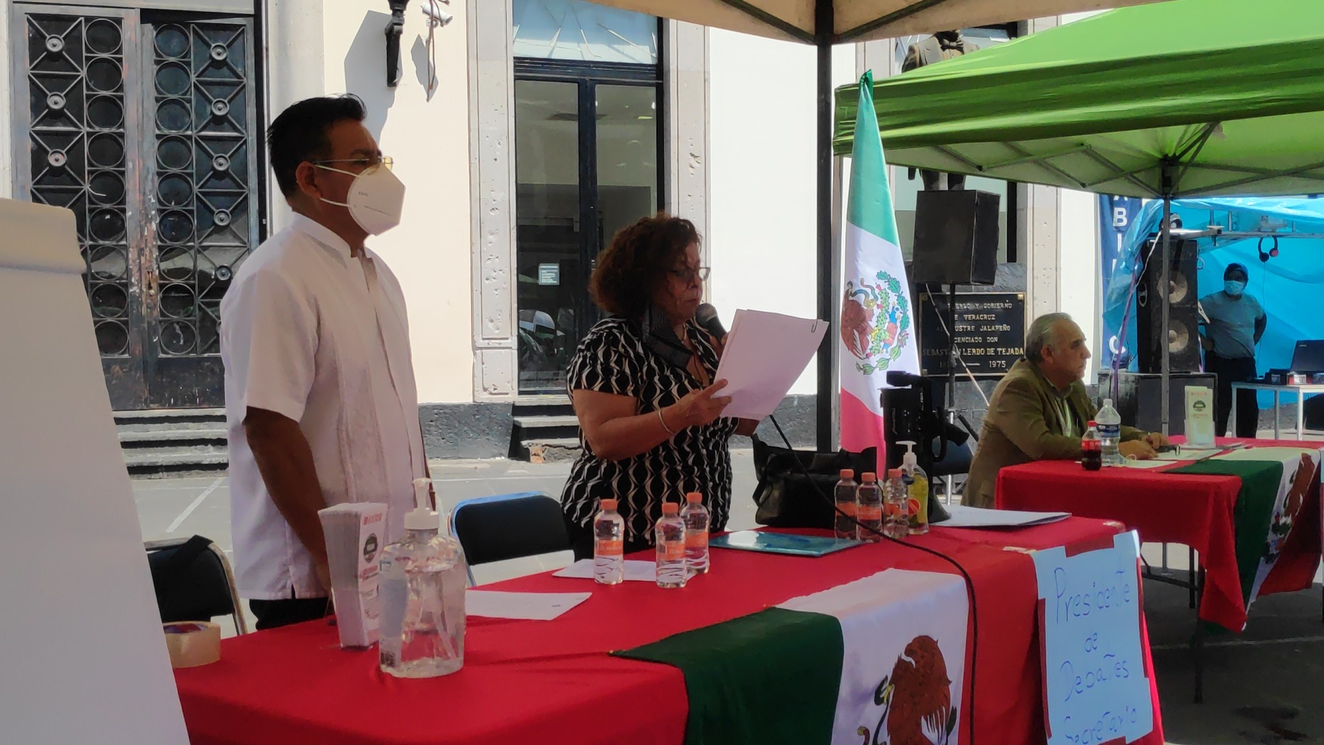 Celebra Frenna en Xalapa juicio ciudadano contra AMLO