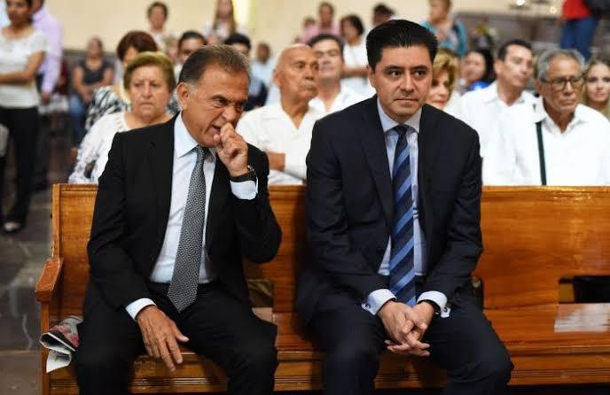 """Detiene la FGE a Rogelio """"N"""", ex secretario de Gobierno Yunista; lo liberan por estar amparado."""
