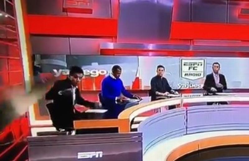Pantalla aplasta a conductor durante programa de televisión