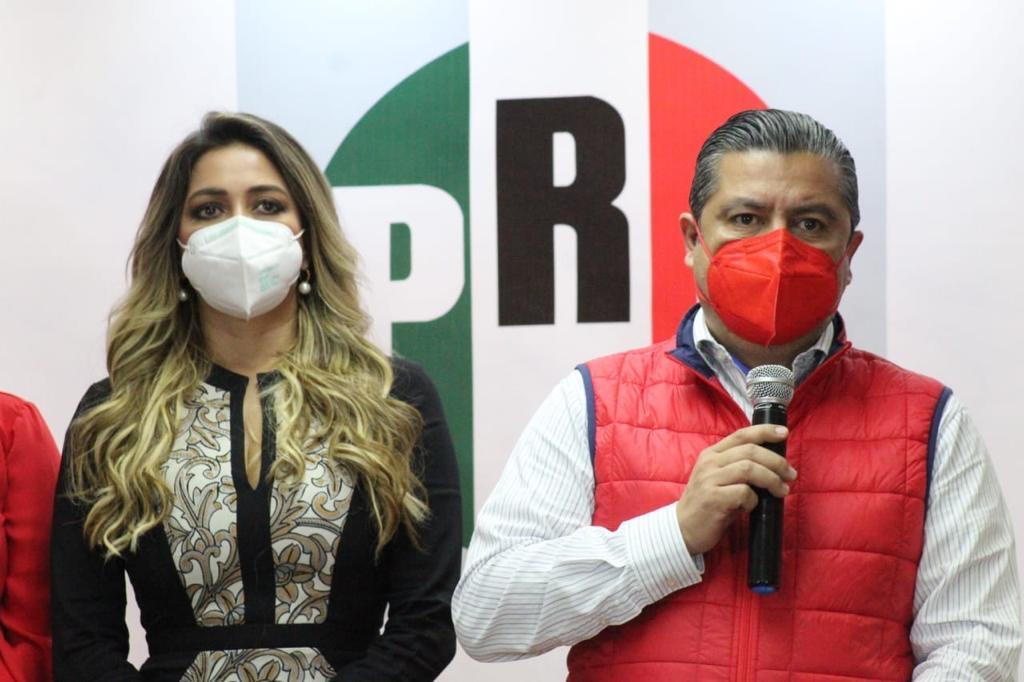 Le dan premio de consolación en el PRI a Anilú con programa Recupera