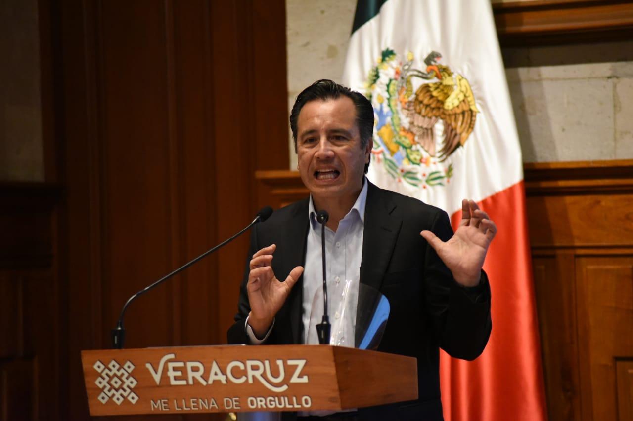 Cuitláhuac no será sparring de Chiquiyunes; le recuerda que MAYL le dijo loco a AMLO